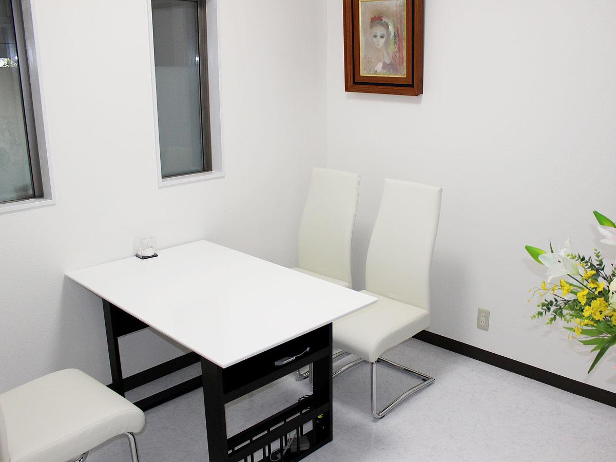 茨城県土浦市の歯医者、小杉歯科医院のカウンセリングルーム